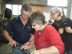 Rod McKenzie showed us how to sharpen a range of handtools in a practical workshop at the VCW.